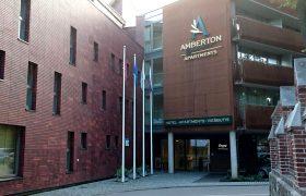Stiebai-prie-Amberton-viešbučio